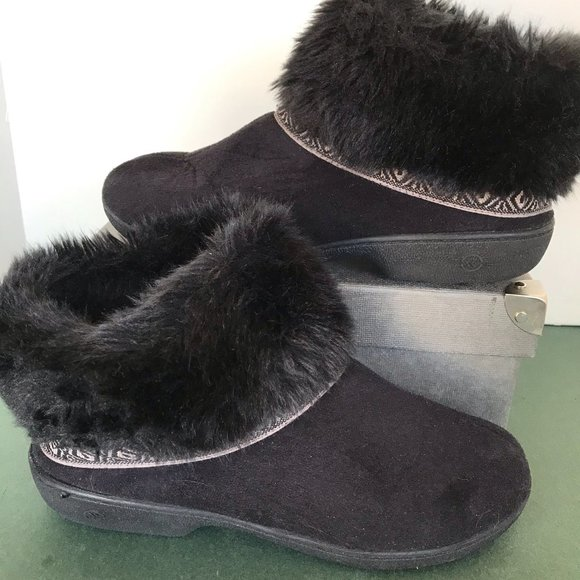 Isotoner Black Faux Fur & Suede Slippers